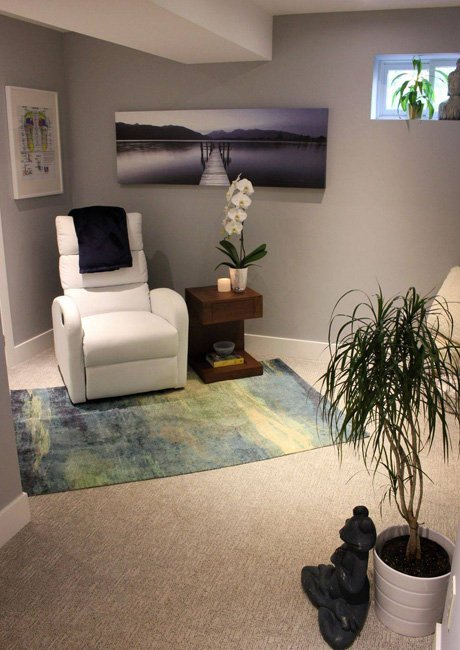 The Sole Point :: Visit Our Private Studio for Individual Meditation & Reflexology Treatments